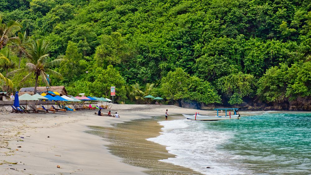 Pantai Crystal Bay Bali