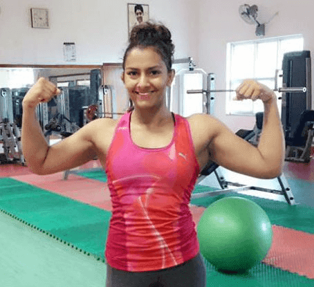 Geeta Phogat Indias First Female Olympic Wrestler HD Wallpaper Photo And Pics