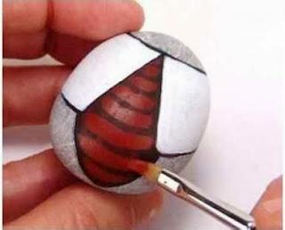 Cara Membuat Kerajinan Tangan Dari Barang Bekas, Kumbang Batu Lukis 3
