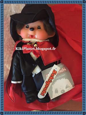 le Monchhichi Dracula  référence 220620, kiki, halloween, vampire, sorcière