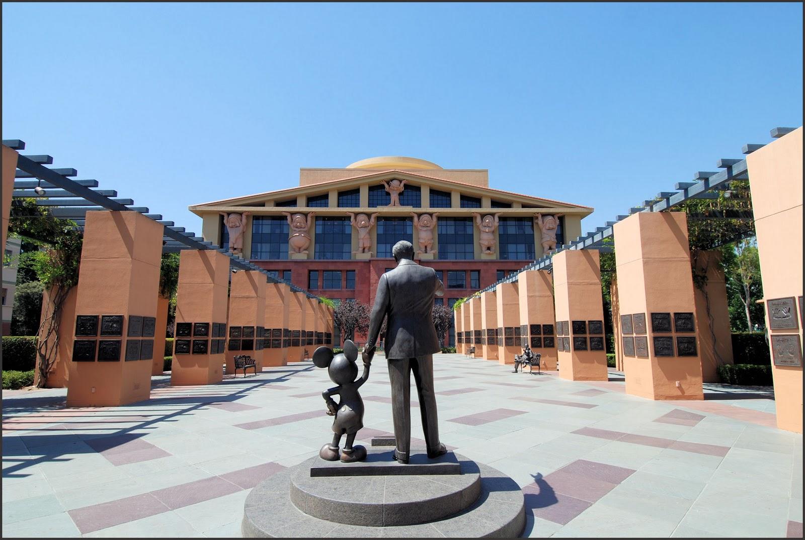 Walt Disney to buy 21st Century Fox's entertainment assets