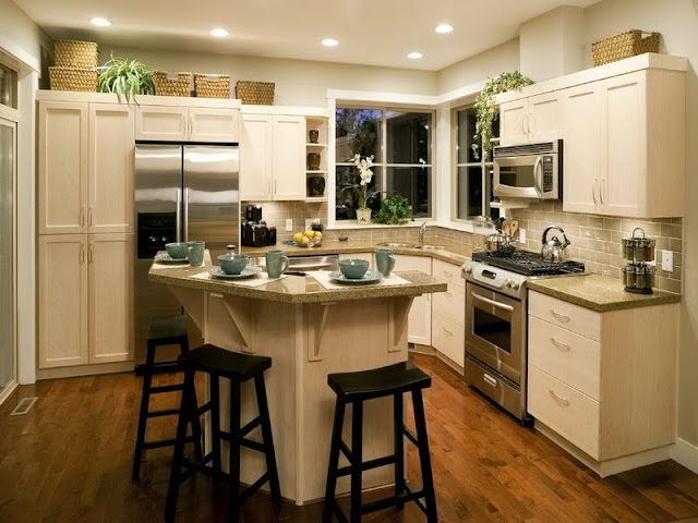Make your Kitchen Spacious with Small Kitchen Tables Make your Kitchen Spacious with Small Kitchen Tables 1