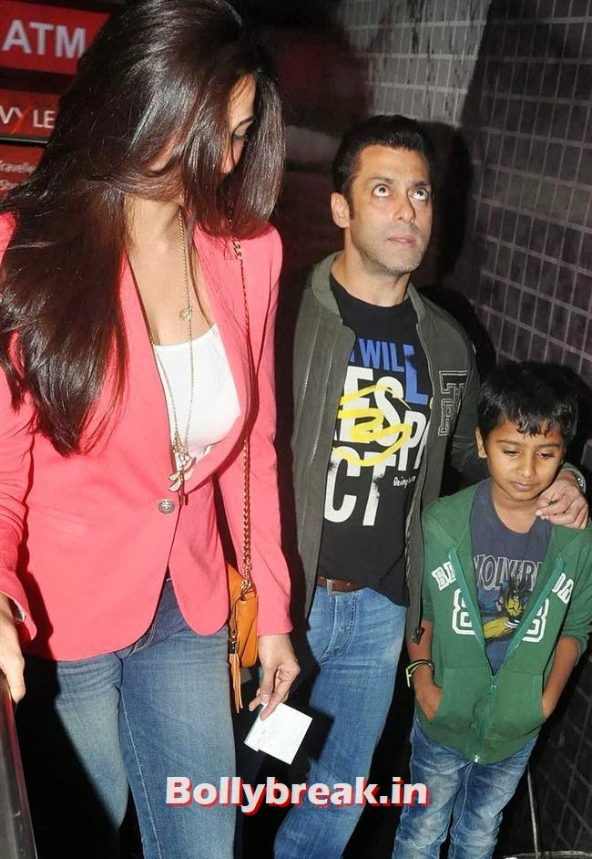 Daisy Shah and Salman Khan, Salman Visits Being Human Store with his Girls - Daisy, Sana & Sangeeta