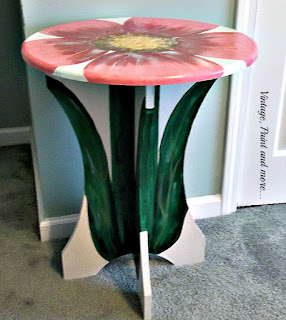 Vintage, Paint and more... a small unfinished round table decoratively painted to resemble a standing flower