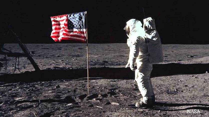 Siapa yang bohon di Astronot
