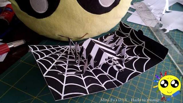 Tarjeta sorpresa en 3D para halloween