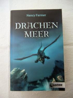 http://www.amazon.de/Drachenmeer-Nancy-Farmer/dp/3785563582/ref=tmm_pap_swatch_0?_encoding=UTF8&sr=1-1&qid=1424032835