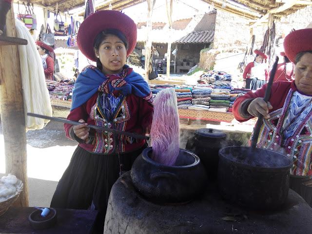 Tejidos en Chinchero