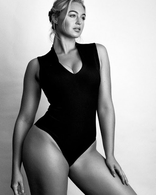 Sexy modelo talla grande busca cambiar los estereotipos de la belleza en Instagram