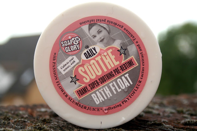 The Daily Soothe Bath Float from Soap and Glory
