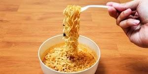 Ngerii! Inilah Penyakit Berbahaya Jika Sering Makan Mie Instan