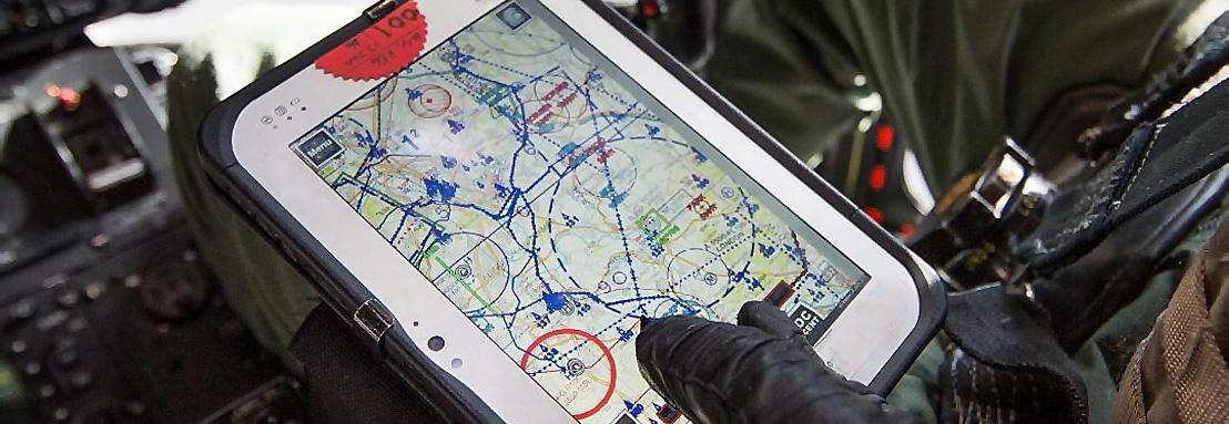 Паперові карти штурманів замінять електроні планшети