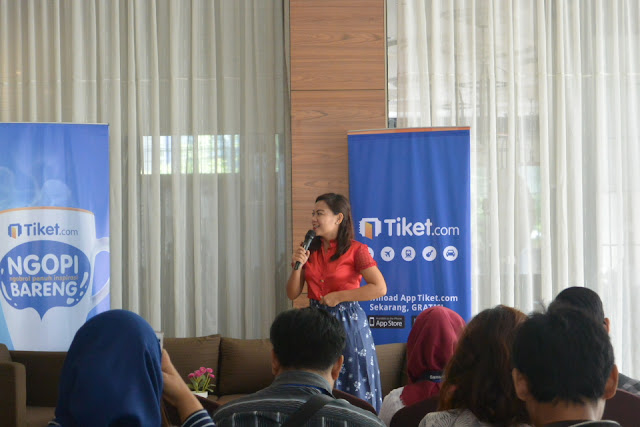Nuniek Tirta Sari Affiliate Tiket.com #NgopiBarengTiket Jogja Complete Guide To Blog Monetizing