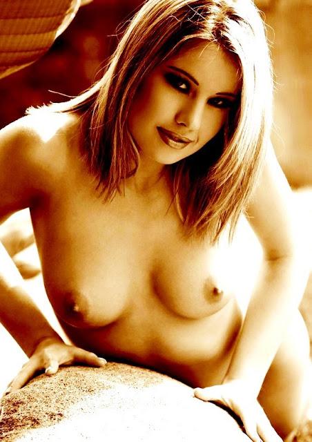 Эротика ню: galleries of Femjoy www.eroticaxxx.ru - Черным по белому (голенькая девушка, xxx фото 18+)