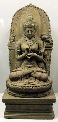 Patung Prajnaparamita karya sempurna nenek moyang bangsa Indonesia