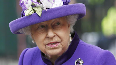 Palace error, queen elizabeth almost shot