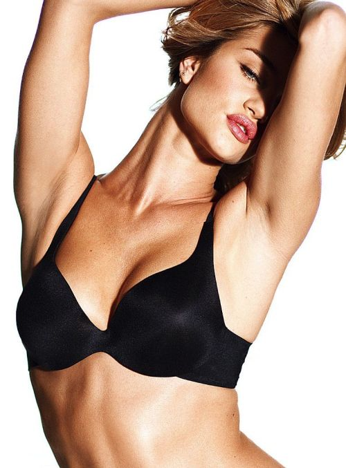 """Rosie Huntington-Whiteley graces for Victoria s Secret """"Incredible"""" Bra  Photoshoot. The new seamless wonder is now out so go ahead and try it da616fa90"""