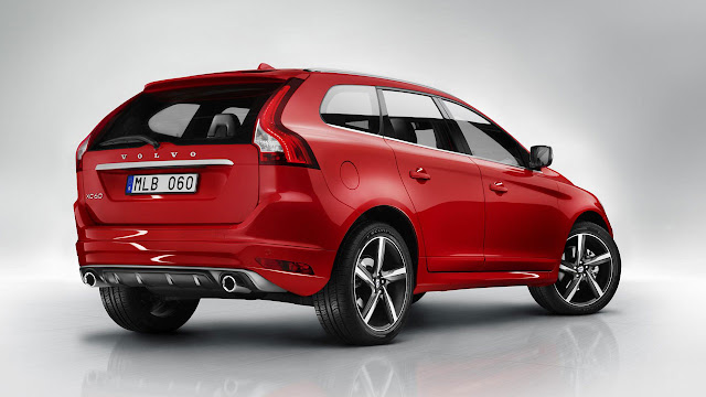 Volvo XC60 R-DESIGN back