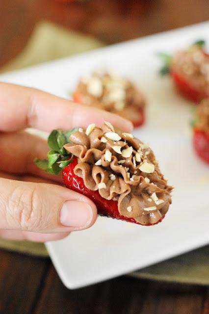 Nutella-Strawberry Cheesecake Bites