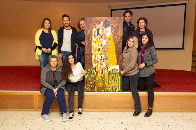 """Ζωγράφισαν """"Το φιλί""""  οι Τεχνικοί Συντηρητές Έργων Τέχνης και Αρχαιοτήτων του ΔΙΕΚ Ναυπλίου"""
