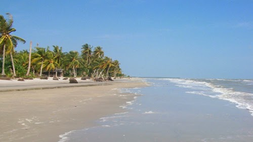 merupakan salah satu pantai terbaik yang ada di Kabupaten Bengkalis sesudah Pantai Rupat  Pantai Selat Baru, Wisata Andalan Kedua Kabupaten Bengkalis