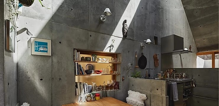 05-Reading-Area-Takeshi-Hosaka-Tiny-Home-in-Japan-www-designstack-co