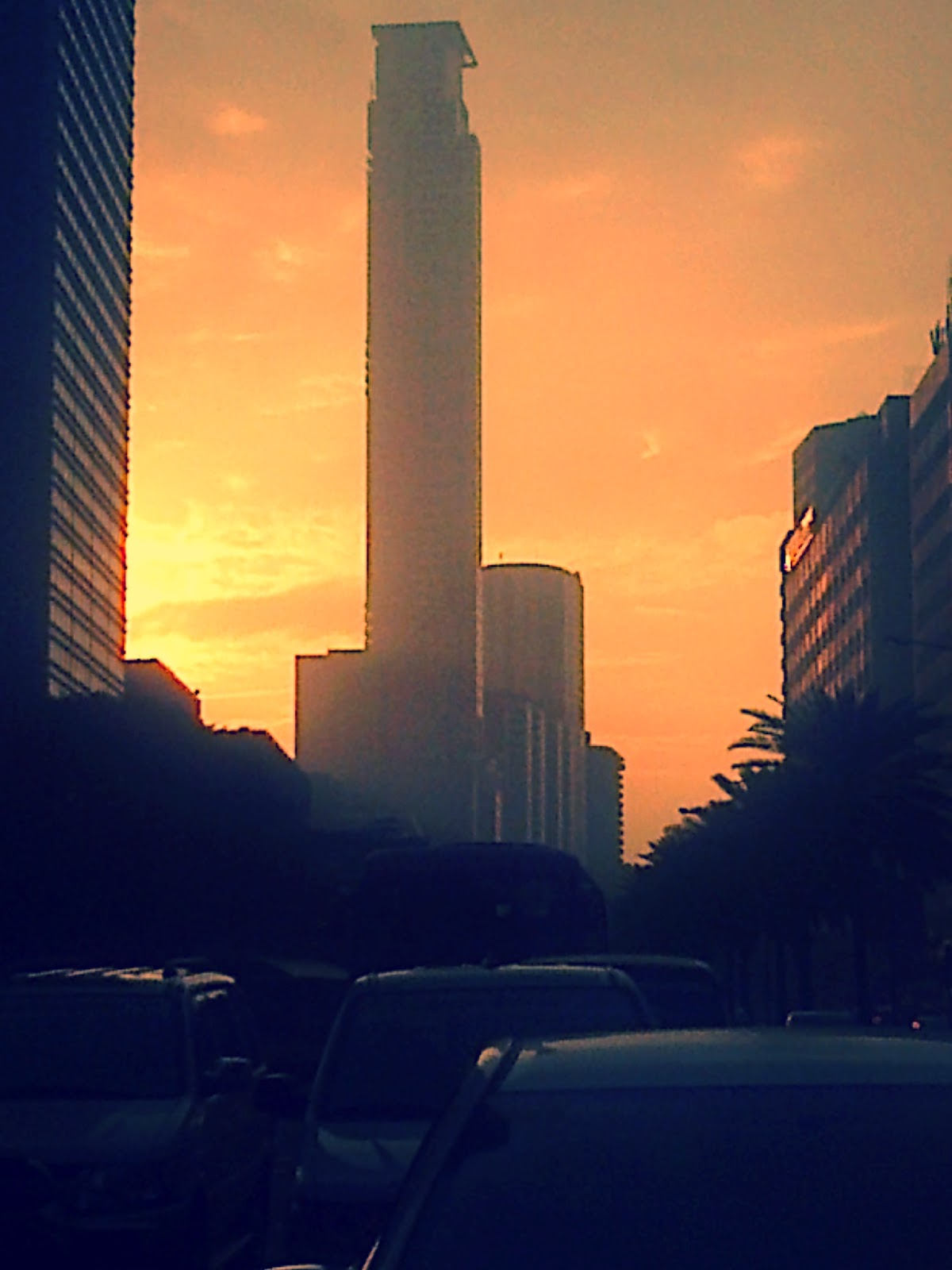sunrise at Ayala, Makati