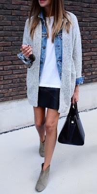 Maglione su giacca jeans (fonte Pinterest)