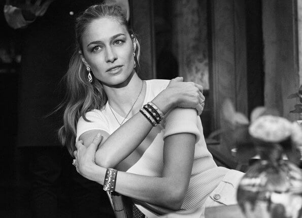 Beatrice Borromeo Casiraghi is the Brand Ambassador of Italian jewellery brand Buccellati. The new advertising campaign of Buccellati