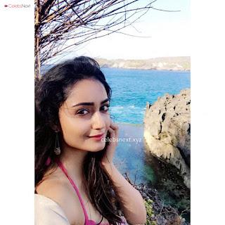 Tridha Choudhury in Bikini Exclusive .xyz Pics Gallery (4)