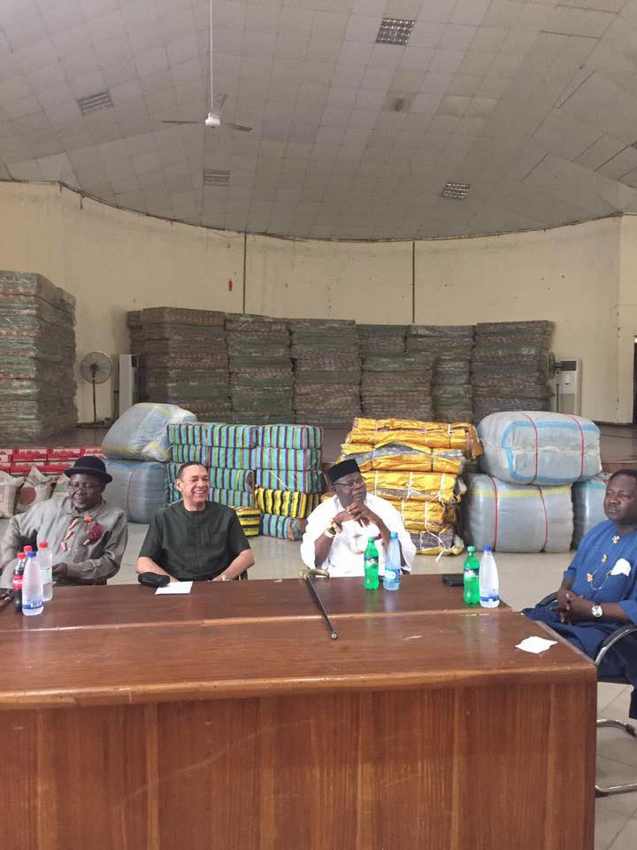 Ben Murray-Bruce donates 500 bags of rice, other items to his people