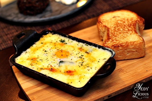 Baked Spinach and Egg at Dolcelatte