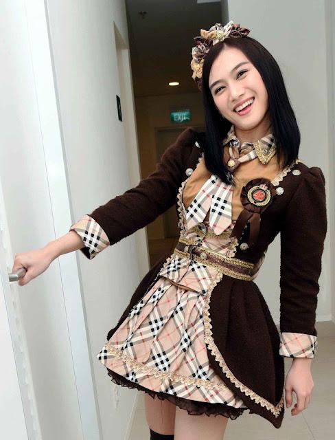Betapa Mulus dan Manisnya Senyum Melodi JKT48 | liataja.com