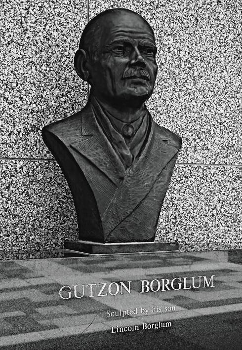 gutzon borglum sculpture