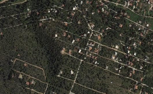 Καμπανάκι Φάμελλου στους δήμους για τις «οικιστικές πυκνότητες»
