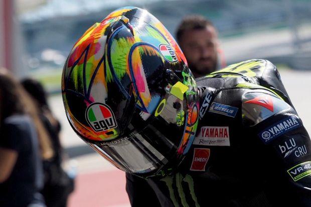 Motif Helm Valentino Rossi Terbaru 2019