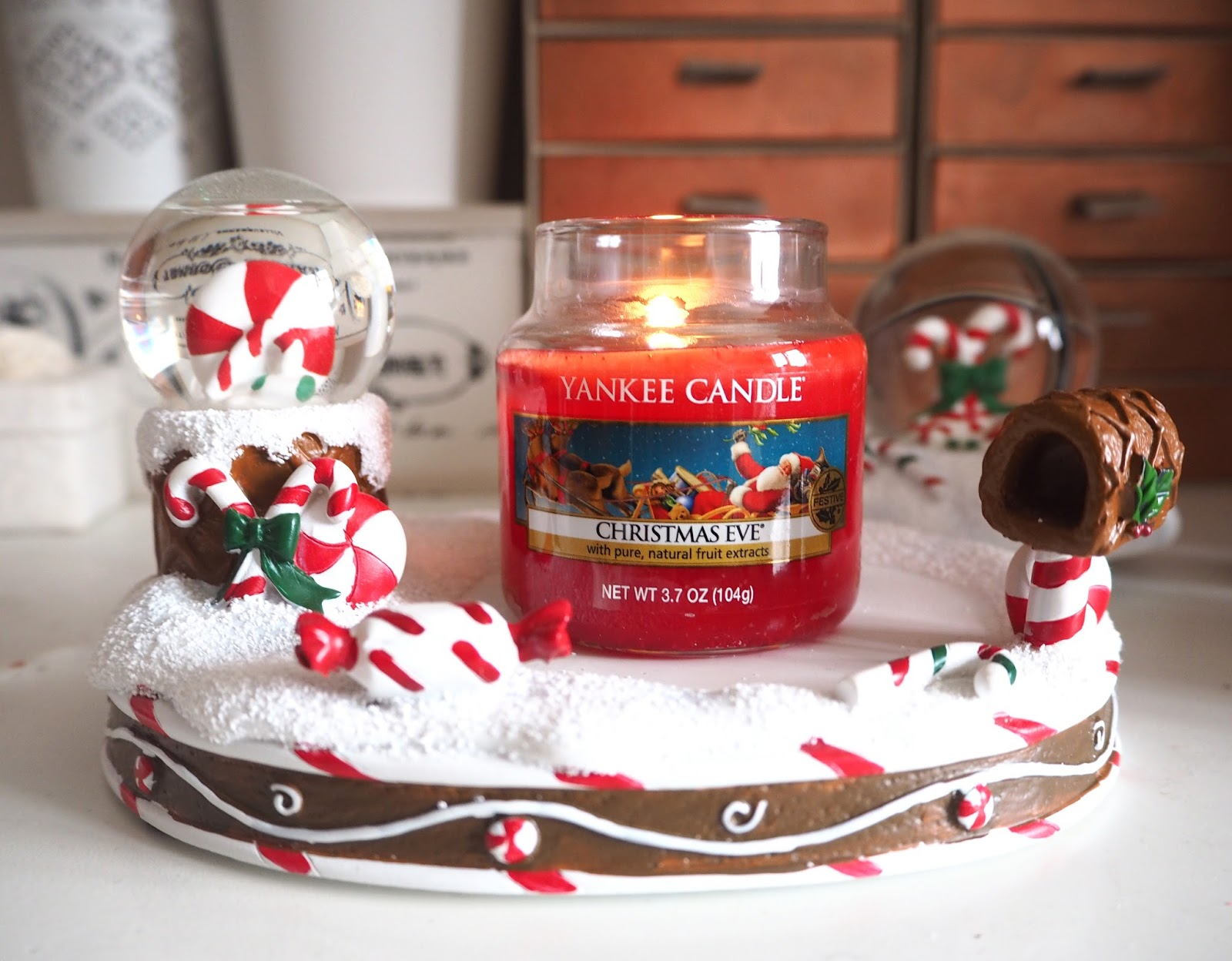 Loves List: December, Katie Kirk Loves, Yankee Candle Christmas Eve, Favourites, UK Blogger, Beauty Blogger, Lifestyle Blogger, Fashion Blogger,