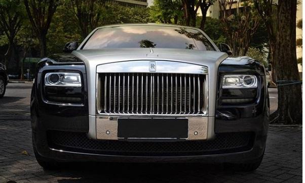 Mobil Rolls Royce habiskan Biaya servis mahal ratusan juta