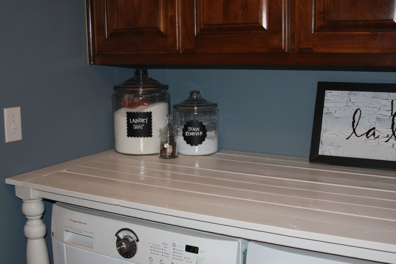 Completely new I really should be sleeping.: Laundry Room Counter VZ34