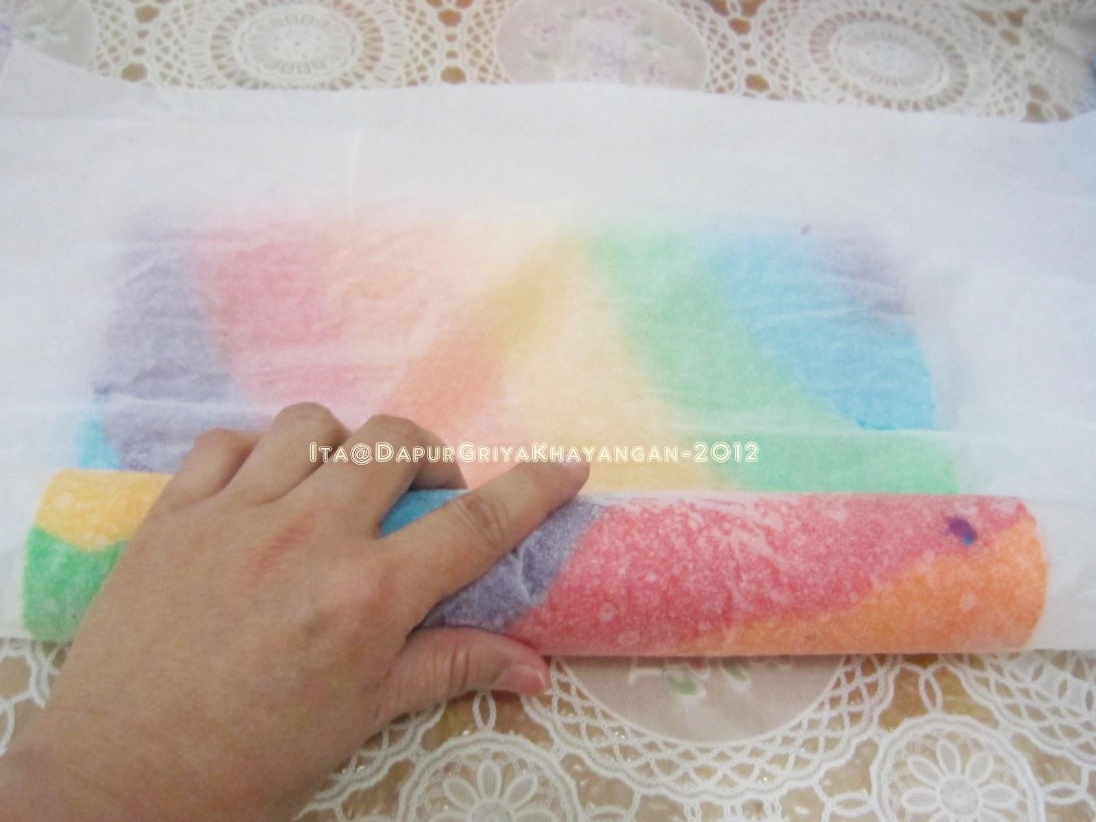Resep Rainbow Cake Ncc Fatmah Bahalwan: Dapur Griya Khayangan: Bolu Gulung Kukus Rainbow