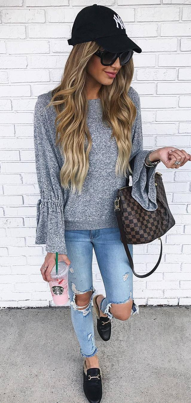 trendy fall outfit | hat + bag + sweater + ripped jeans + loafers