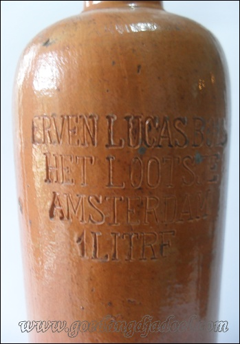 ANTIQUE BOTTLE 'ERVEN LUCAS BOLS'