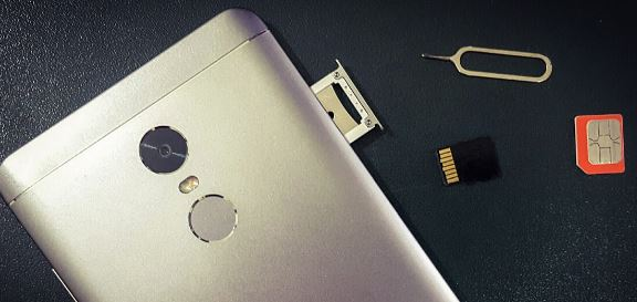 Cara Membuka Slot SIM Card Xiaomi Redmi 5A