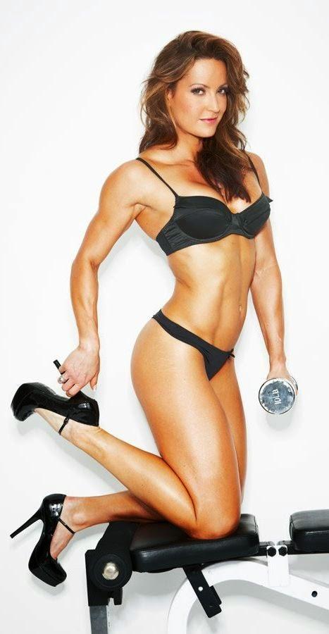 IFBB Figure Pro Erin Stern
