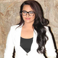 Soankshi Sinha Latest Stills From Lootera Movie Screening