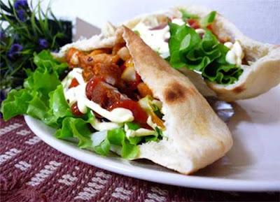 http://resepabu.blogspot.com/2016/12/resep-kebab-ala-turki-homemade.html