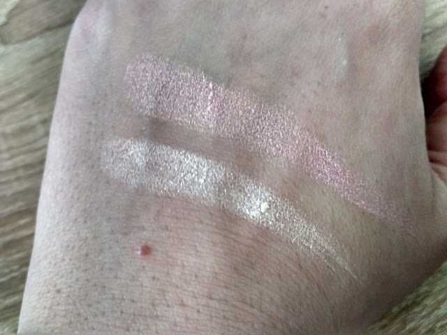 I heart make up - Light and Glow swatch