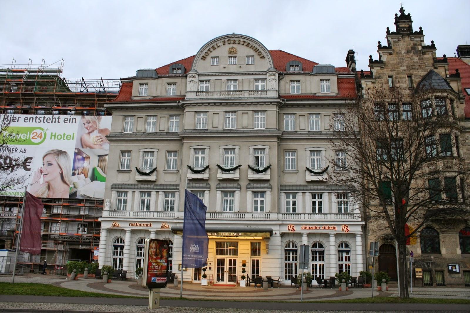 """Das """"Hotel Fürstenhof Leipzig"""" am Tröndlinring ist das älteste Luxushotel der Stadt - es bietet seinen Gästen 92 Zimmer und vier Juniorsuiten - das """"Fürstenhof"""" schaut 2014 auf ein 125 jähriges bestehen zurück"""