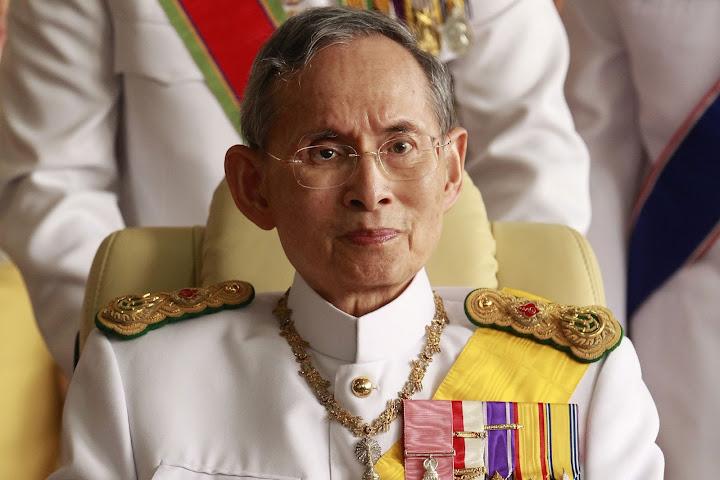 Объединяющий фактор: монархия — Thai Notes