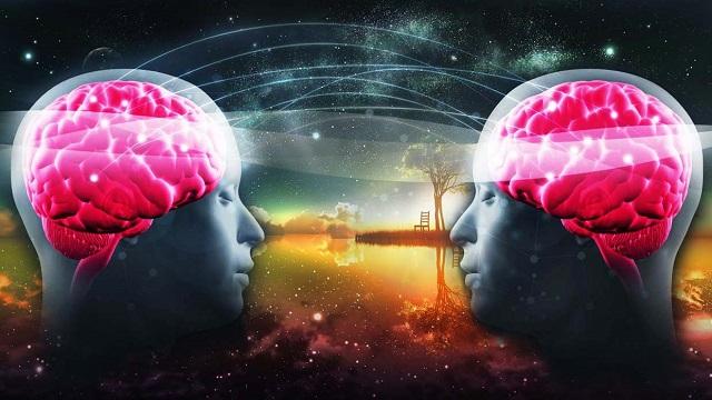 Τα τηλεπαθητικά όνειρα, επικοινωνία με άλλους ανθρώπους ενώ κοιμάστε